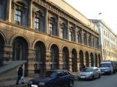 Сдам в аренду на месяц здание в Омске