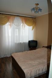 Сдам в аренду посуточно квартиру в Лабинске р-н 300ый