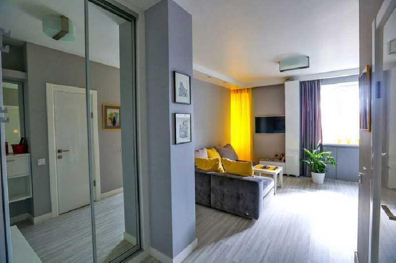 Енисейская 47. сдам 2-комнатную квартиру с обновленным ремон.