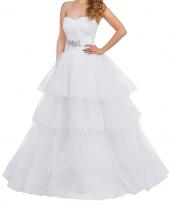 Посуточная аренда Свадебное платье с многоярусной юбкой и шлейфом.Размер:S-L в Екатеринбурге