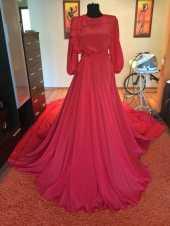 Посуточная аренда Шикарное красное платье в пол.Размер 42-46.Залог 6000р. в Брянске