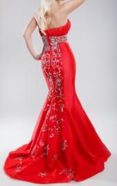 Посуточная аренда Красное платье в пол 003 Сумма залога: 16000 руб. Размер-42 в Пскове
